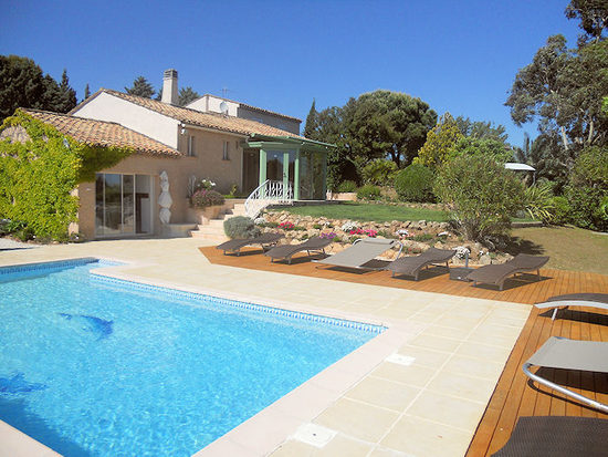 Villa Avec Piscine A Louer En Ardeche